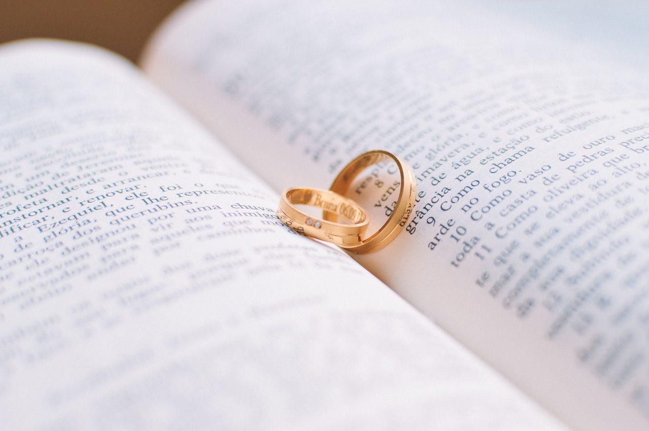 Heirat und Pacs
